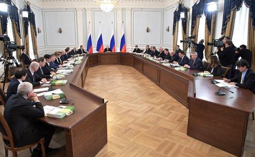 Президент России Владимир Путин провёл 18 апреля заседание президиума Государственного совета по вопросу «О национальной системе защиты прав потребителей».