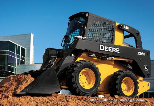 компания приобрела погрузчик с бортовым поворотом John Deere 326E